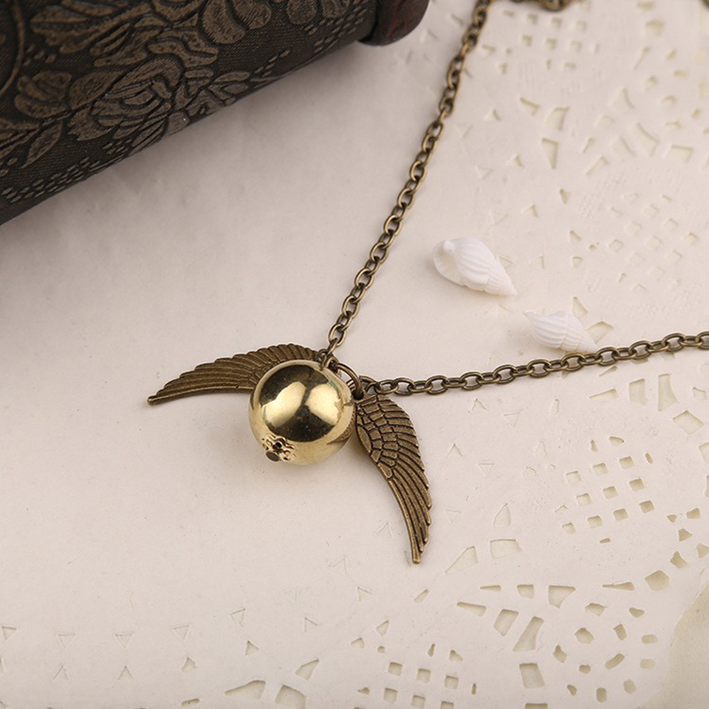 how to make a golden snitch out of fondant
