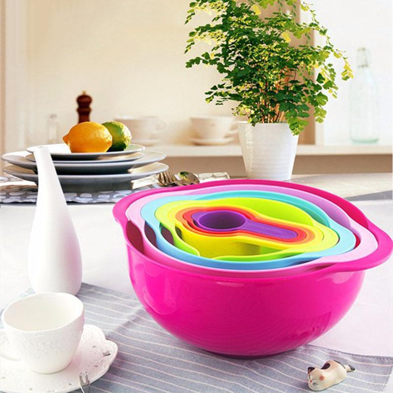 Kitchen Aid Measuring Cup Set Plastic Bowls
