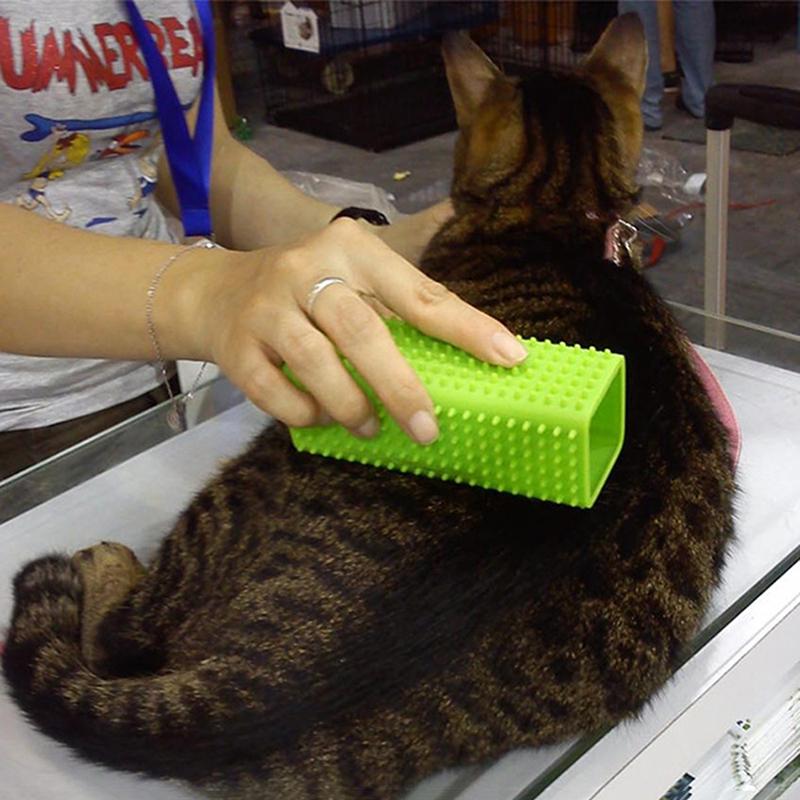 Dog Fur Rugs: 1PC Random Color Pet Dog Cat Hair Remover Carpet Fur Lint