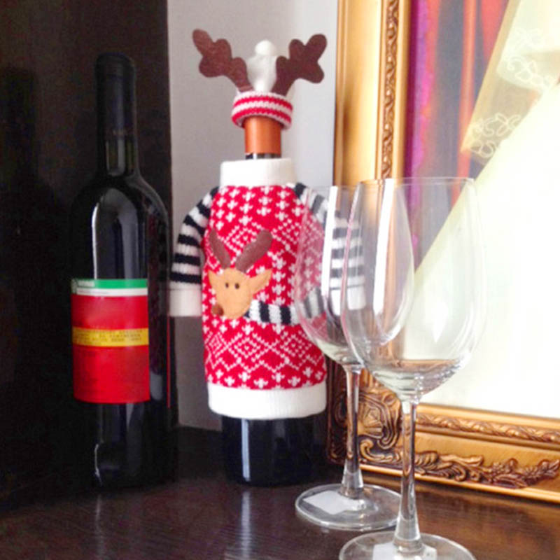 Christmas knitted reindeer sweater hat wine bottle topper - Deco table campagne ...