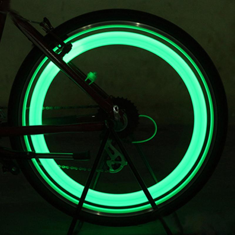 2X Neon LED Reifen Auto Fahrrad Rad Licht Lampe Ventilkappe Ventil Leuc Neu