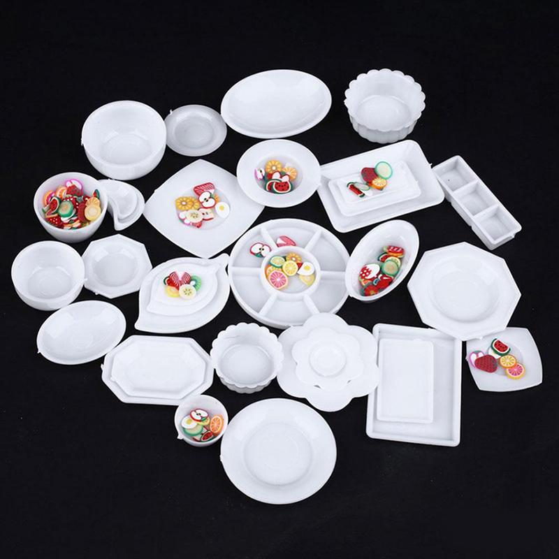 3 Stück 1//12 Kunststoff Miniatur Untertasse Teller Puppenhaus Geschirr
