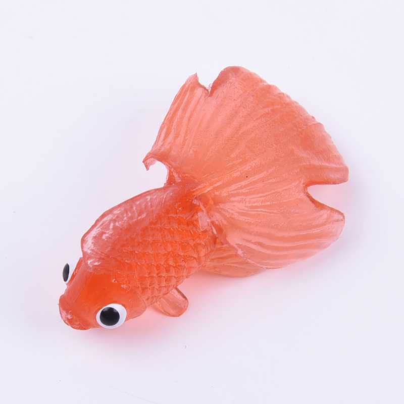 10 plastic simulation small goldfish soft rubber floating for Small plastic fish