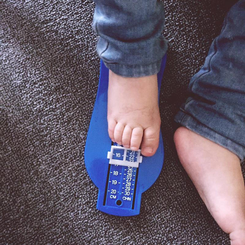 1x Baby Kinder Fußmessgerät Schuhgrößen Schuhgrößen Messgerät Werkzeug Mode w//