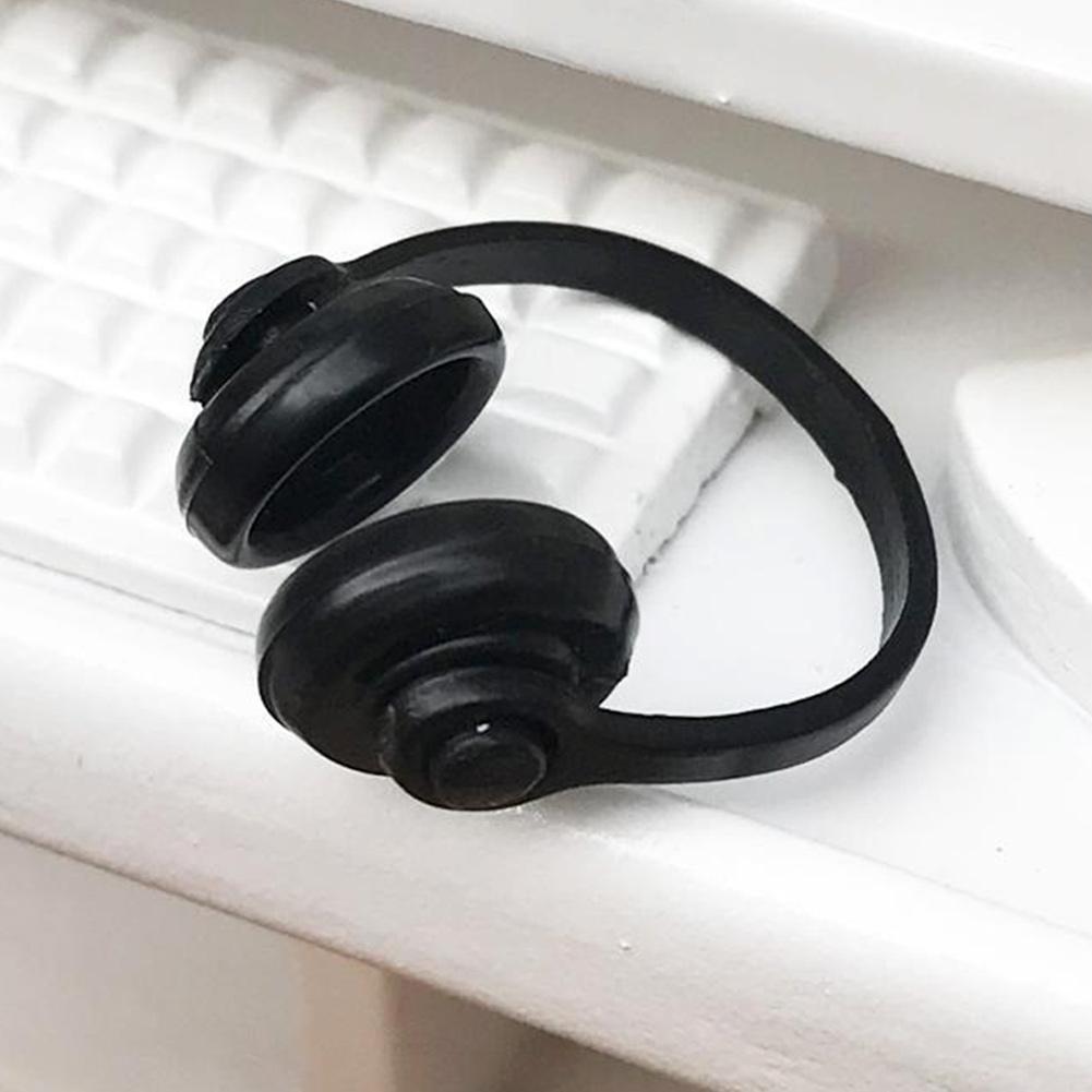 Miniature Neat Black Plastic Headphones Dollhouse Decor T0K2 Toys 1:12 F2P0