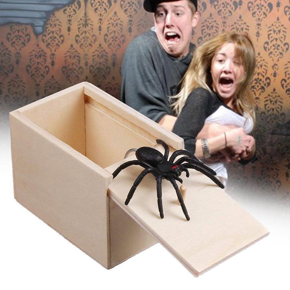 Spider Scare Holzkiste Geschenk Home Office Witz Gag Tricky Toy Lustiger Streich